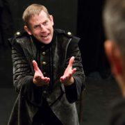 Jesper Arin. Othello med Mittiprickteatern. Photo: Martin Skoog